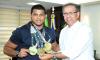 Atleta conquistou nesse domingo, 20, em Fortaleza (CE), o Campeonato Mundial sem Kimono e o tricampeonato mundial de Jiu Jitsu profissional