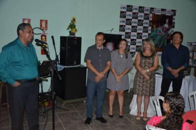 Edivaldo Rodrigues lançou seu 11º livro em evento na noite deste sábado