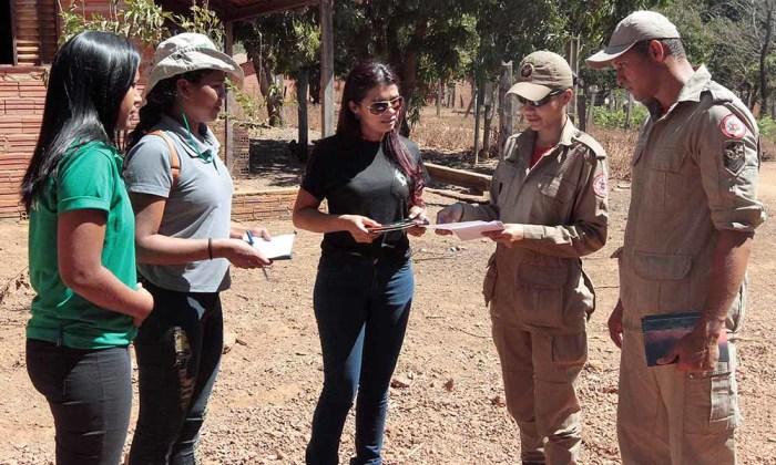 Técnicos terão a missão de sensibilizar população sobre os prejuízos das queimadas