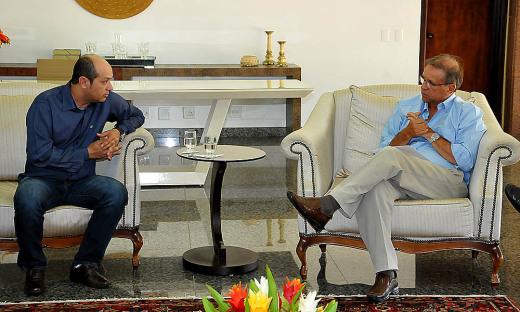 Governador Marcelo Miranda recebeu, na manhã desta terça-feira, 12, o prefeito de Augustinópolis, Júlio da Silva Oliveira