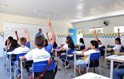 Turma da Escola Estadual Paulina Câmara, em Barrolândia