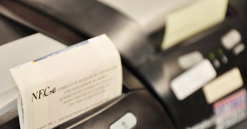 Contribuintes devem aderir à NFC-e ou ECF