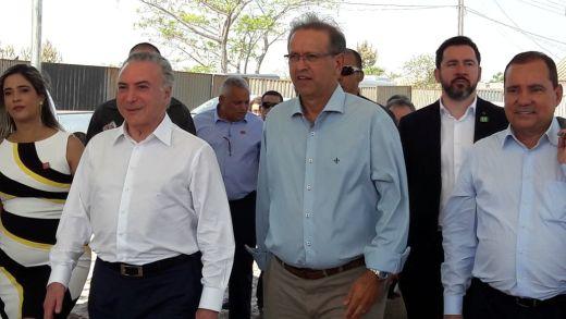 Marcelo Miranda recebeu o Presidente Michel Temer em Xambioá, no norte do Tocantins, onde ocorre a assinatura da Ordem de Serviço para construção da ponte que vai ligar Xambioá (TO) à São Geraldo do Araguaia, no Pará