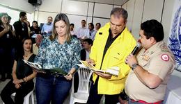 O comandante do Corpo de Bombeiros do Tocantins, coronel Dodsley Yuri Vargas, apresentou a situação em relação a estiagem prolongada no Estado ao ministro Marcelo Cruz e a governador Claudia Lelis