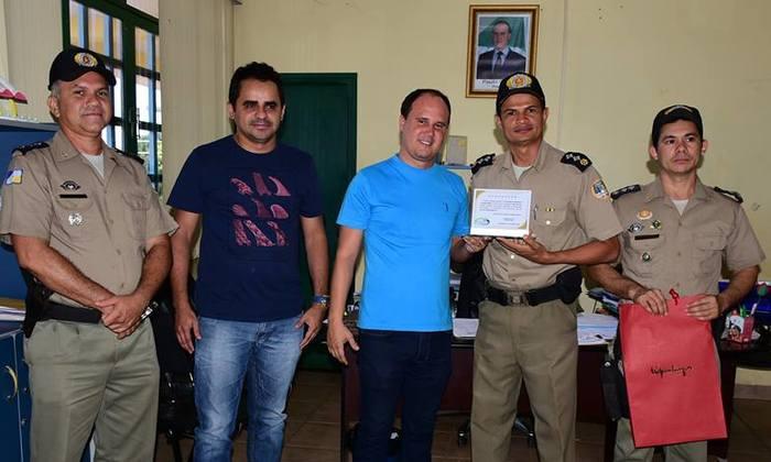 PM recebe homenagem da Prefeitura Municipal de Tocantinópolis_700x420.jpg