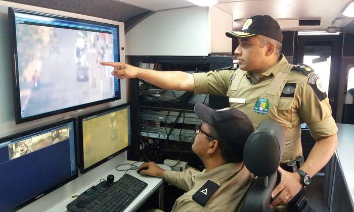 Polícia Militar intensifica policiamento em Paraíso, através do ônibus de vídeomonitoramento_700x420.jpg
