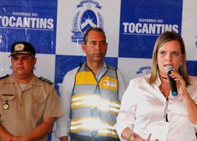 Cláudia Lélis ressaltou que entrega de veículos e equipamentos dão condições de trabalho para fortalecer a fiscalização, humanizar o trânsito e preservar vidas