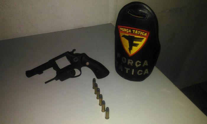 Revólver apreendido em povoado de Araguatins.jpeg