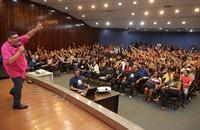 As aulas extras são ministradas professores com experiência em preparação para o Enem e em cursinhos pré-vestibulares