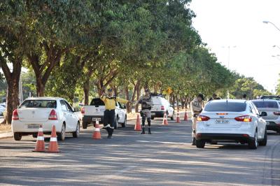 Durante a blitz, será distribuído material informativo para conscientizar pedestres, ciclistas e condutores.