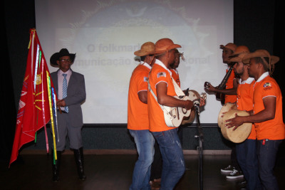 O evento trouxe grupo tradicional de Silvanópolis que apresentou algumas das cantigas da Festa do Divino Espírito Santo.