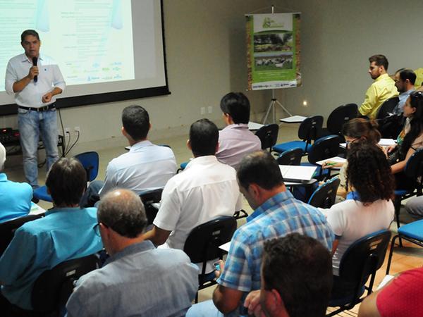 O evento permite que as técnicas sejam difundidas, levando os produtores rurais a saberem como aderir ao programa