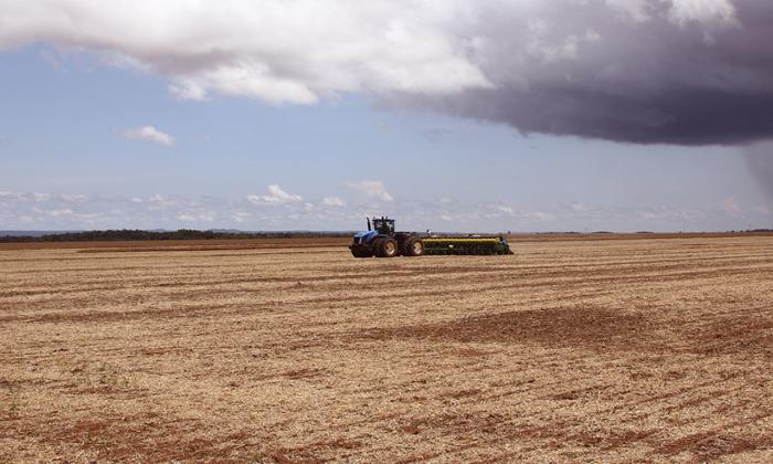 A previsão é de que, a partir do dia 15 de outubro, as chuvas ganhem estabilidade, na intenção de propiciar condições ideais para o plantio da safra de grãos no Estado