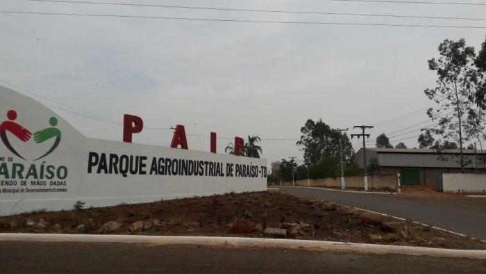 A revitalização do Parque incluiu obras de pavimentação de uma área de 39.928,80 m², além da drenagem de ruas e construção de meios-fios