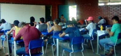 Estudantes da Escola Estadual José Alves de Assis, de Caseara