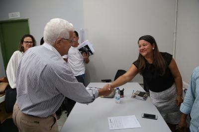3 -Superintendente do Procn-TO cumprimenta reitora da Unitins Suely Cabral - por Ademir dos Anjos.JPG