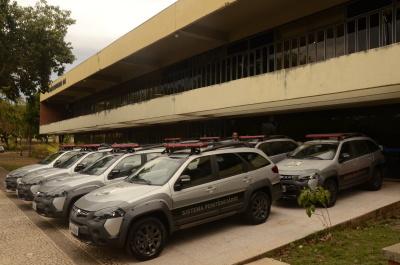Veículos foram entregues à oito unidades prisionais tocantinenses
