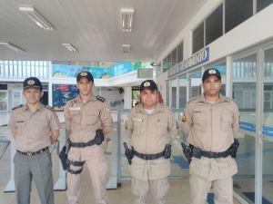 Comandante-geral da PMTO com demais policiais participando pessoalmente da Operação do Enem_300.jpg