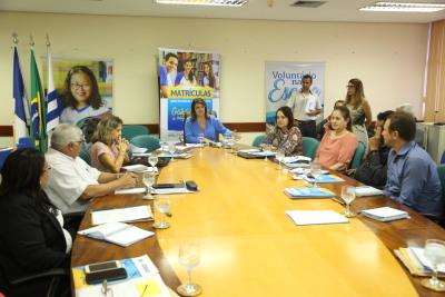 O encontro foi realizado na sala de reuniões da Seduc e contou com a presença dos 13 diretores regionais de Educação