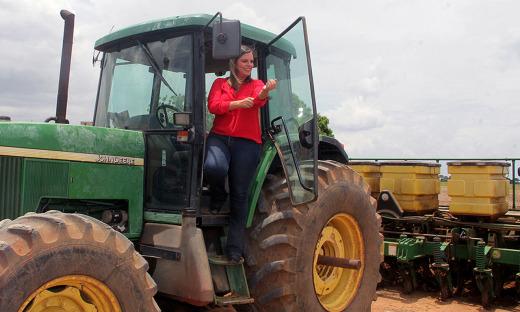 A solenidade de abertura oficial do plantio da safra de grãos 2017/2018, ocorreu na manhã desta segunda-feira, 13, na Fazenda Conquista, município de Alvorada do Tocantins