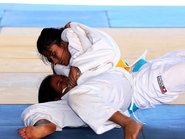 Cinquenta e oito pessoas, entre atletas, dirigentes, técnicos e professores, das modalidades individuais, formam parte da comitiva que irá participar dos Jogos Escolares da Juventude