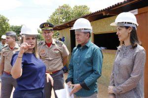 Governadora em exercício visita canteiro de obras do Naturatins_Fotos Ney Carneiro-Governo do Tocantins (7)_300.jpg