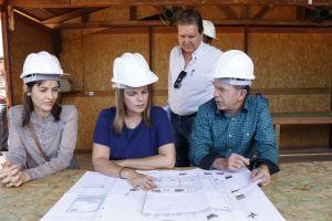 Governadora em exercício visita canteiro de obras do Naturatins_Fotos Ney Carneiro-Governo do Tocantins (23)_300.jpg