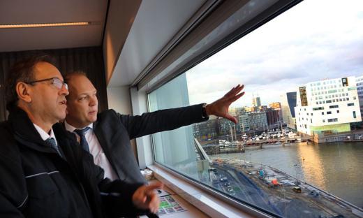 Com uma visita à sede administrativa e às instalações do Porto de Amsterdã, o segundo maior da Holanda, na tarde desta sexta, 17, Marcelo Miranda encerrou os compromissos oficiais da comitiva tocantinense na Europa