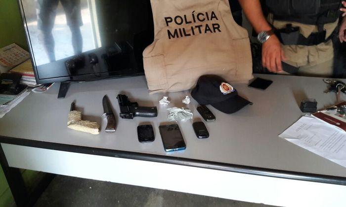 Materiais apreendidos pela PM com receptadores em Praia Norte_700x420.jpg