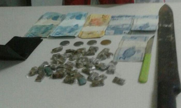 Drogas apreendidas pela PM em Itapiratins_700x420.jpg