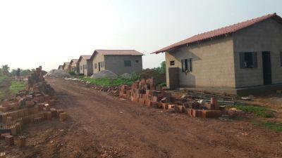 Foram reiniciadas as obras de 70 casas do programa MCMV I e II