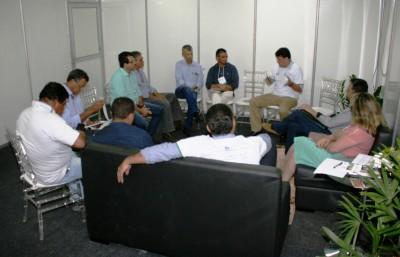 O secretário Alexandro de Castro  destacou a importância da presença dos prefeitos no evento para as discussões técnicas.