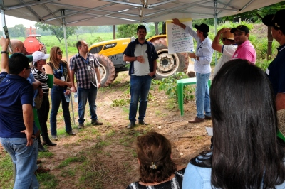 biocombustivel 1 dia de campo fazenda bom tempo fotos MANOEL JUNIOR (22).JPG