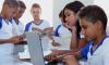 Os pais ou responsáveis pelos estudantes devem comparecer pessoalmente nas escolas