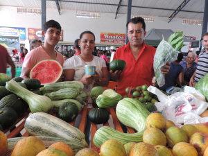 O PAA beneficia agricultores, entidades sociais, fortalece a produção e a economia local