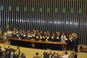 EXTENSIONISTAS RURAIS SÃO HOMENAGEADOS NA CÂMARA2_300.jpg
