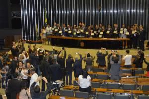 EXTENSIONISTAS RURAIS SÃO HOMENAGEADOS NA CÂMARA02_300.jpg