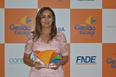 A gestora Marisa está à frente do Caic há 4 anos e atribui o Prêmio aos resultados alcançados com o envolvimento da comunidade escolar e local