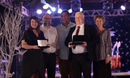 Professora Wanessa Zavarese Sechim e o secretário do Acre, Marcos Brandão, foram homenageados