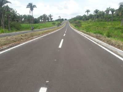 População de São Sebastião recebe asfalto novo na TO 010, para chegar à cidade