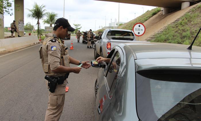 Durante a Operação a PM intesificará as abordagens a veículos em todo o Estado