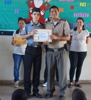 CPM I homengeia alunos destaques
