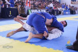 Sargento Guglielmo vence campeonato de Jiu Jitsu em Brasilia