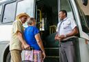A gratuidade no transporte interestadual e intermunicipal para idosos é garantida pelo Estatuto do Idoso