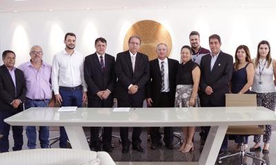 Marcelo Miranda e representantes da UFT, da Unitins e da Capes