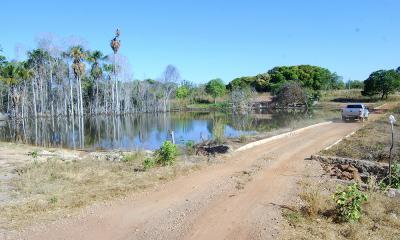 Ainda dentro do programa Água para Todos, o Governo do Tocantins está construindo 135 pequenas barragens nos municípios da região sudeste