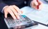 Com a nova forma de pagamento do 13º, o governo dilui o custo total da folha, reduzindo o custo com o pagamento de pessoal no mês de dezembro