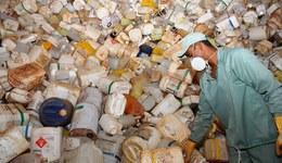 Embalagens vazias de Agrotoxico retiradas do campo - FOTO-Lenito Abreu (2).JPG