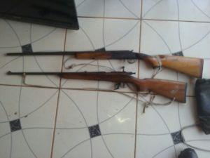 Armas apreendidas com suspeito em assentamento.jpeg