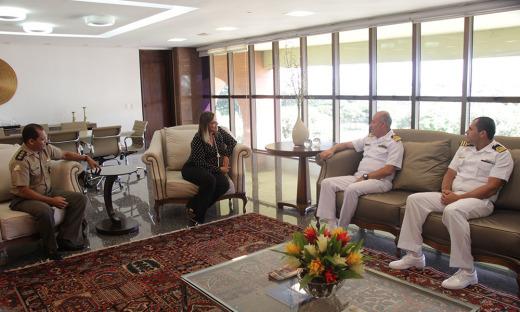 Durante a visita, o capitão Costa Carvalho agradeceu a parceria do Governo do Tocantins e ressaltou a diminuição do número de acidentes e o aumento da segurança nos rios e lagos do Estado